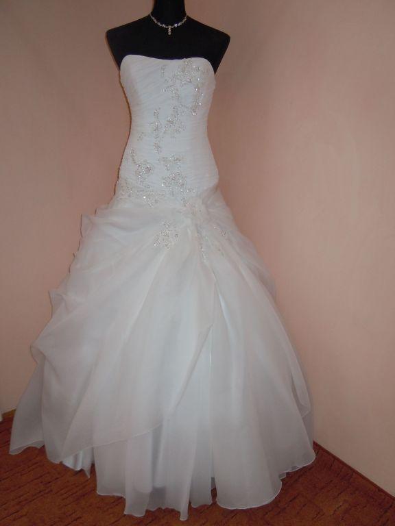 DSCN0043 Menyasszony