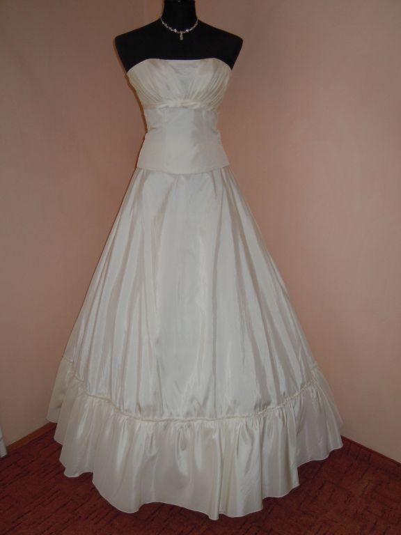 DSCN0046 Menyasszony