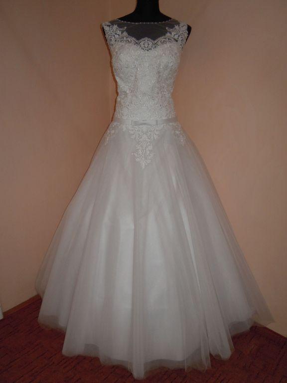 DSCN0049 Menyasszony