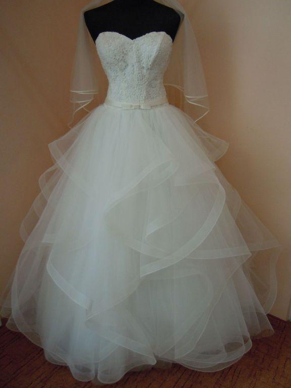 DSCN9961 Menyasszony